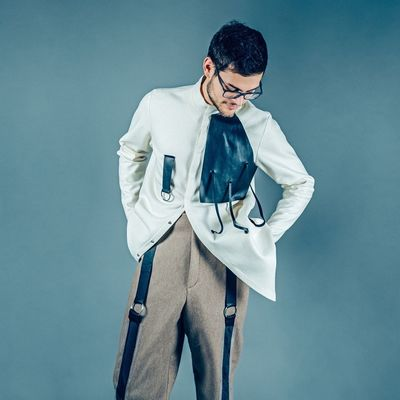 3/3 Hybrid Identity Businessman Business Studio Shot Business Person Eyeglasses  One Man Only Men Only Men Standing One Person Business Finance And Industry Adult Well-dressed Colored Background Adults Only Suit Young Adult People Indoors