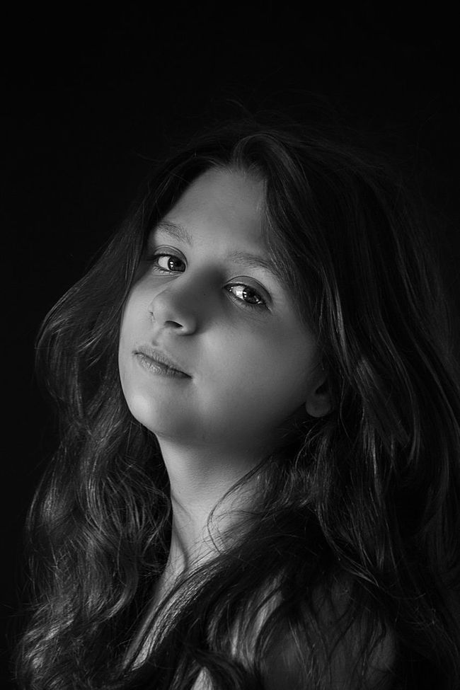Portraits Canon Cute EyeEm Best Shots Russia Girls Young Adult Portrait For My Friends That Connect Human Face Long Hair Bw_collection Looking At Camera Black And White EyeEm Best Shots - Black + White Black & White Monochrome Blackandwhite Bw_lover Bw_portraits People Childhood Model