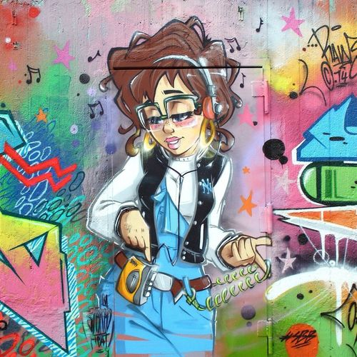 Last warm days of summer, Stereoheat did this 90's Character with freckles Super Bad Boys Graffiti Streetart
