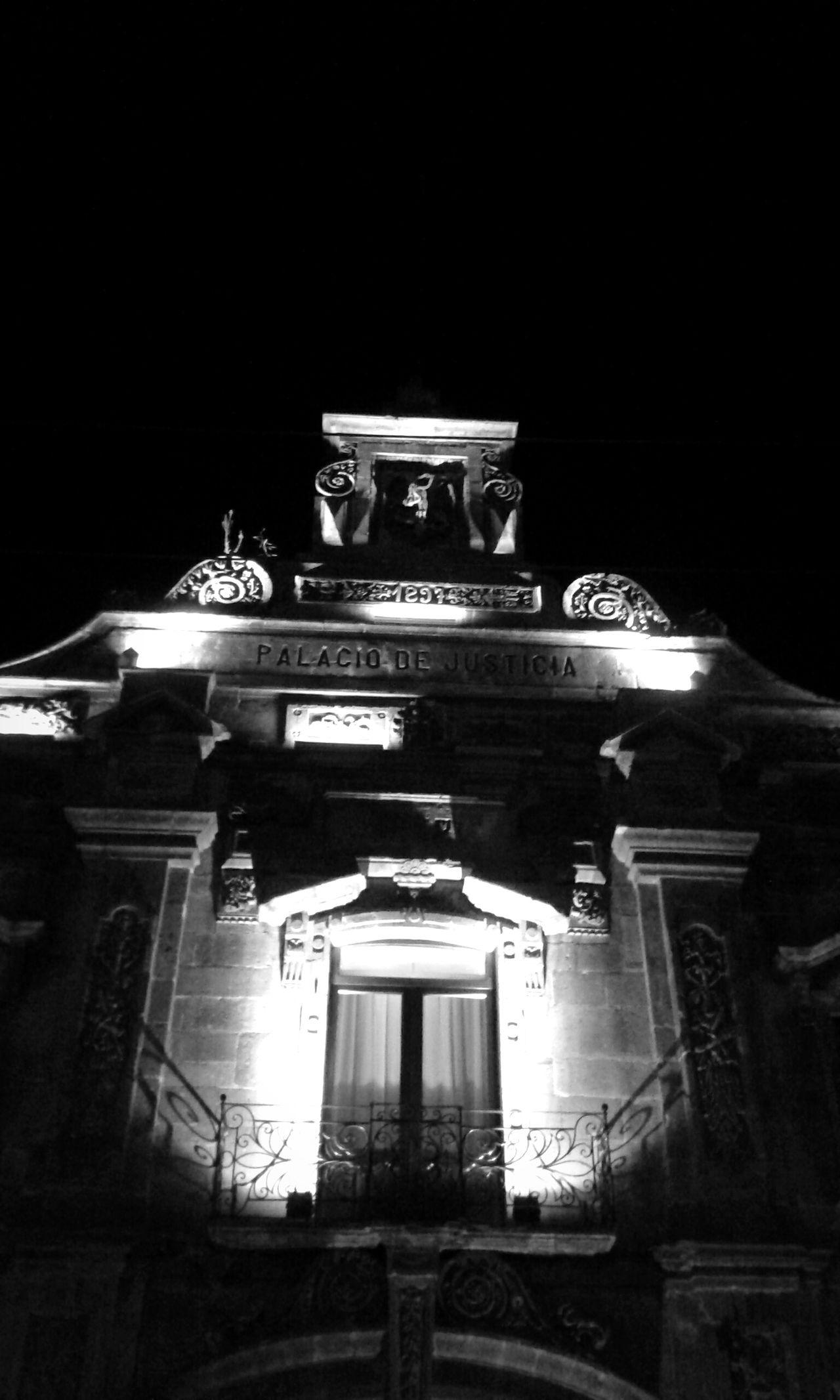 Guadalajara Palci De Juusticia Noche Negro Y Gris