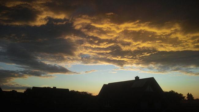 Atmosphere Atmospheric Mood Cloud Cloud - Sky Cloudscape Cloudy Dramatic Sky Light Majestic Moody Sky Orange Color Outdoors Overcast Silhouette Sky Storm Cloud Sunset Tranquil Scene Weather