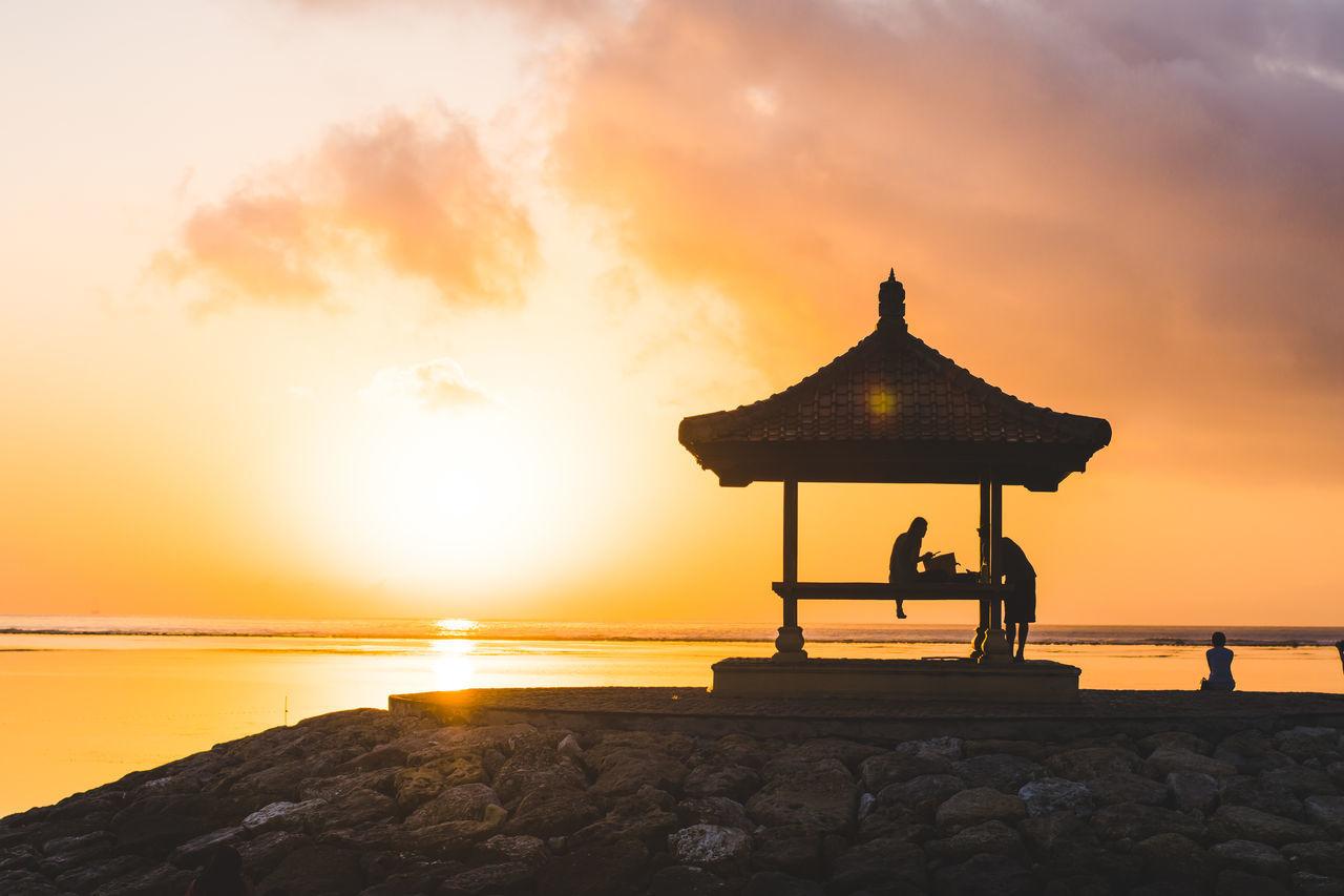 Bali Bali, Indonesia EyeEm Best Shots EyeEm Nature Lover EyeEm Selects INDONESIA Beauty In Nature Horizon Over Water Nature Outdoors Scenics Sea Sky Sun Sunrise Sunset Travel Destinations Water