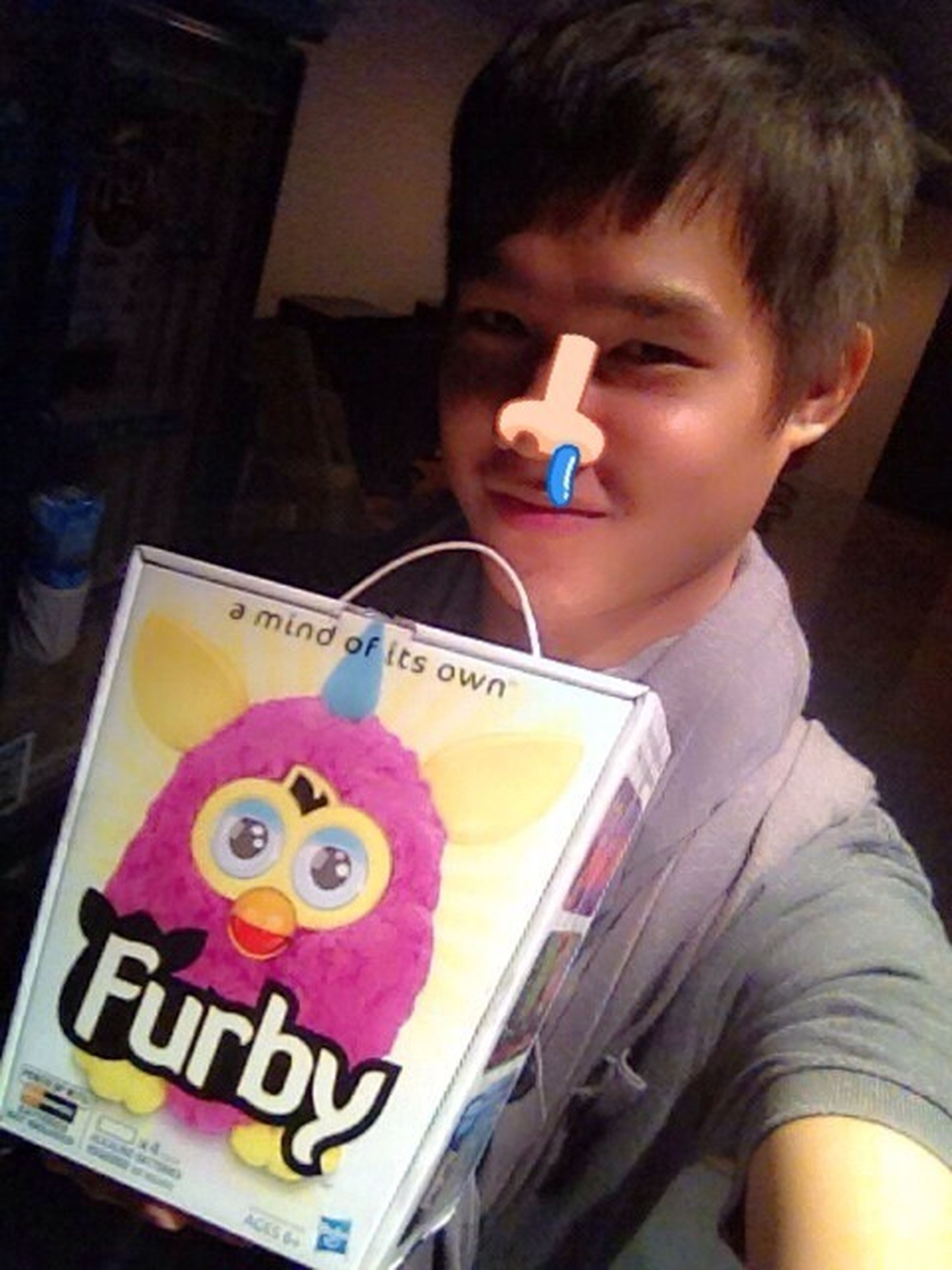 I Would Like To Tell EVERYBODY Furby Is Trendy Wrong, And Im Not Really A Fan Of Furby Talking To IPhone Apps. Seems Weird. Yak! #furby #popularity In Thai Peeps