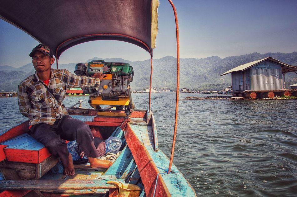 Nelayan Jaring Apung Purwakarta Fishing Wonderfulindonesia EyeEmNewHere