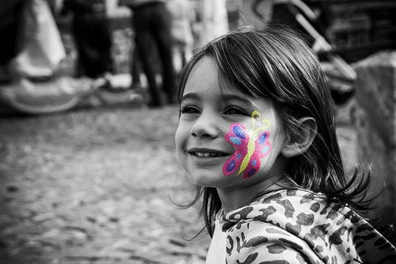 """""""I bambini sanno qualcosa che la maggior parte della gente ha dimenticato..."""" (Keith Haring) Biancoenero Blackandwhite Blackandwhite Photography Bnw Photography Bnw_life Bnw_captures Bnw_italia Bnw_collection Kids Bnw_kids Nipote Niece  Family Portrait Kidsportrait Bnw Bnw_of_our_world Italia Italy Monochromatic Monochrome_life Monochrome _ Collection Monochrome"""