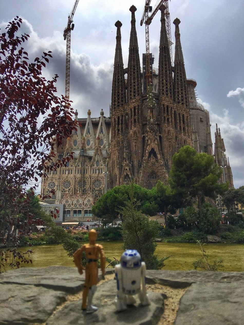 Architecture Building Exterior Tree Sky Religion Place Of Worship Spirituality Outdoors SPAIN Barcelona, Spain Barcelona R2D2 C3po Church Gaudi Gothic Architecture