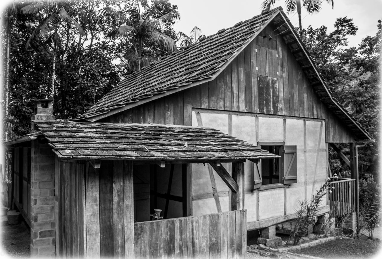 Pomerode - Santa Catarina - Brazil Architecture Blackandwhite Building Exterior Built Structure Chimney Day Exterior Germany Growth Home House Houses Nature No People Old Germany Outdoors Picture Residential Building Residential Structure Roof Santa Catarina Sky Tree Tree Window