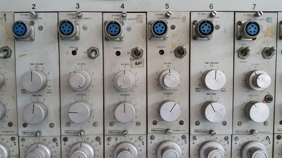 In A Row Repetition Arrangement Laboratory Experiments Classic Scientific Antique Instruments Scientific Equipment Research Research And Development Controller Control Knobs Physics Old Science And Technology Object Photography