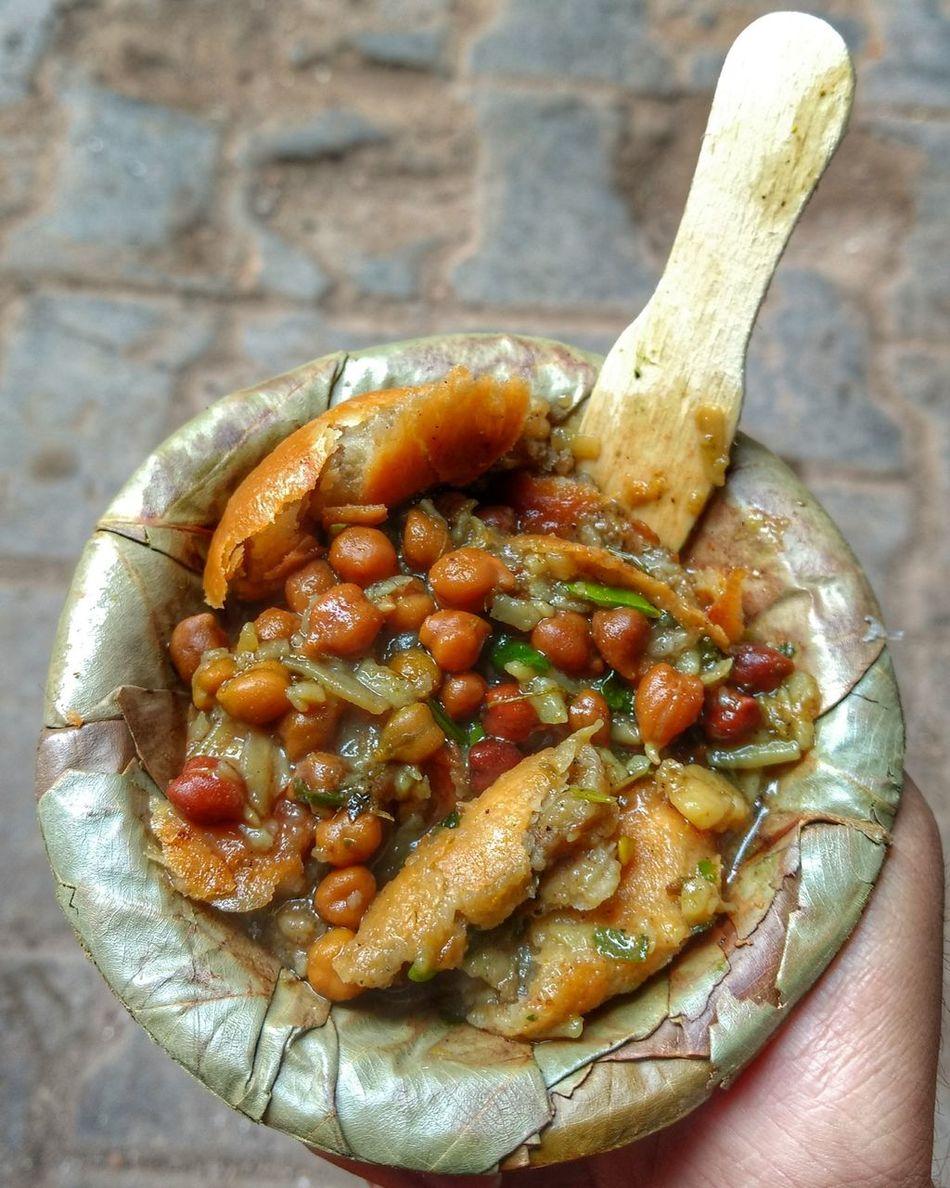 Kachori Chana Streetfood Varanasi India Foodporn Tamarind Spice Yummy Delicious BestofEyeEm Food Breakfast Local Street Morningfood Uniqueness