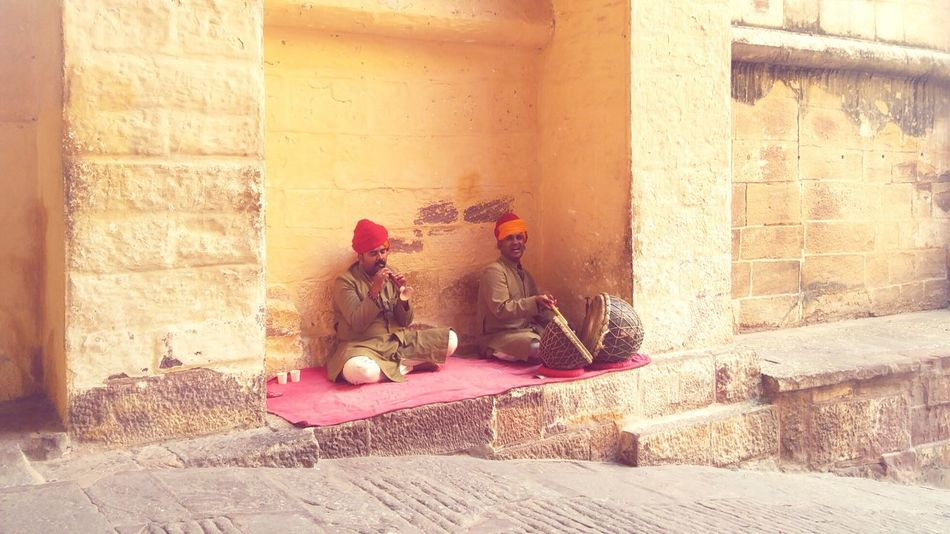 TakeoverMusic Built Structure Architecture Close-up Dholak Outdoors Instruments Love For Music BEATS Pure Soulful Heartwarming Rajasthandiaries Local Music Regional Historic Wooden Music Heart Touching  Made My Day Colorful On The Fly Talent Natural Talent