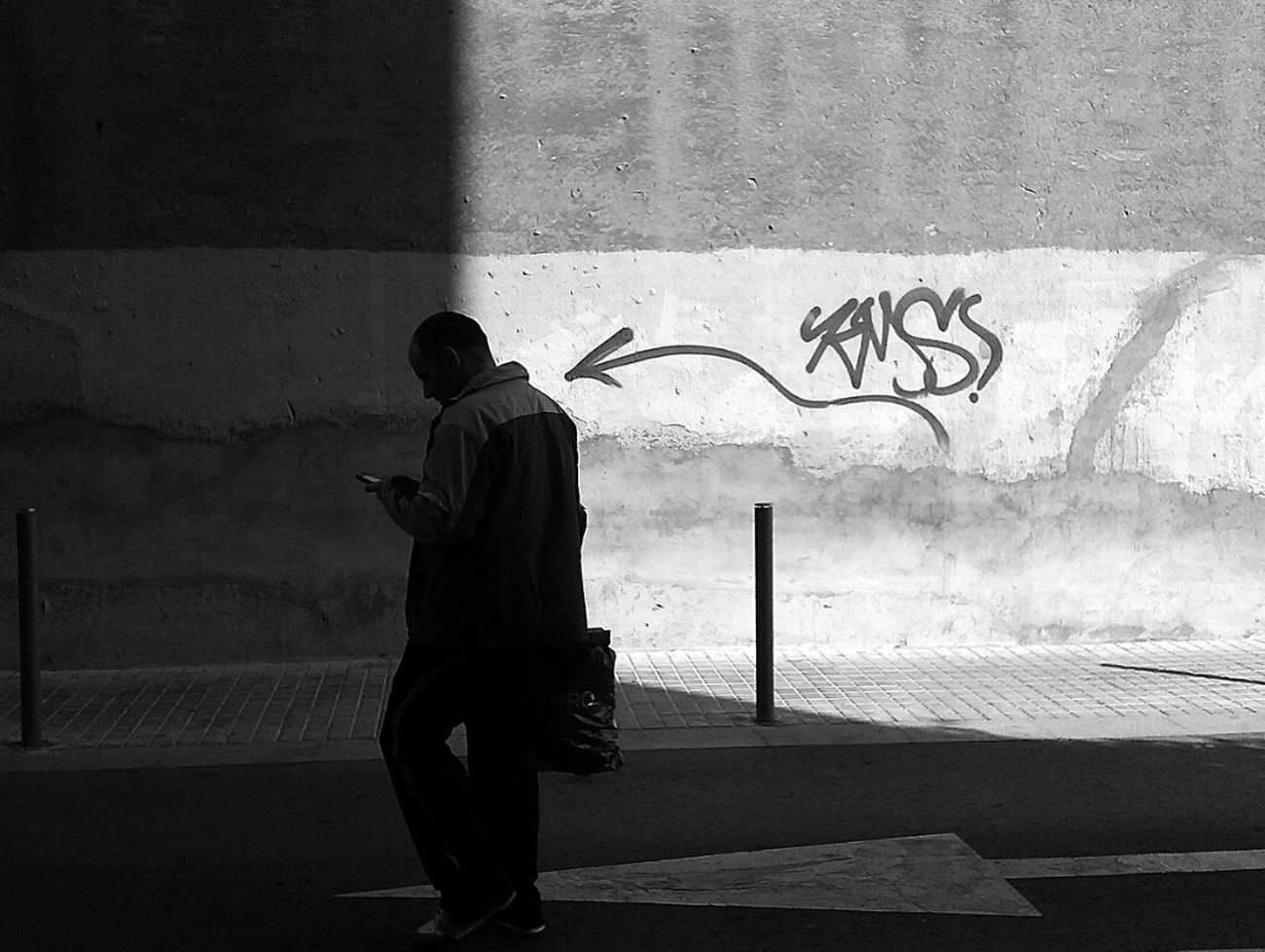 Streetphotography Blackandwhite Street Life Shadows Streetphoto_bw Bw_collection