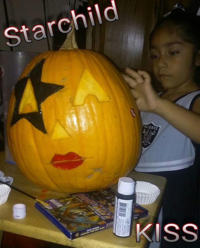 Kiss pumkin. Pumkin Carving Pumkins Happy Halloween Halloween Horrors Mecks1 Raiders4life Painted Pumkins Halloween