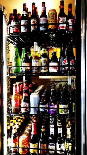 Beer Lovers Beer Anyone?  Drink Beer I ❤ Beer Drinking Beer Beerporn Craft Beer Beer Beer O'clock