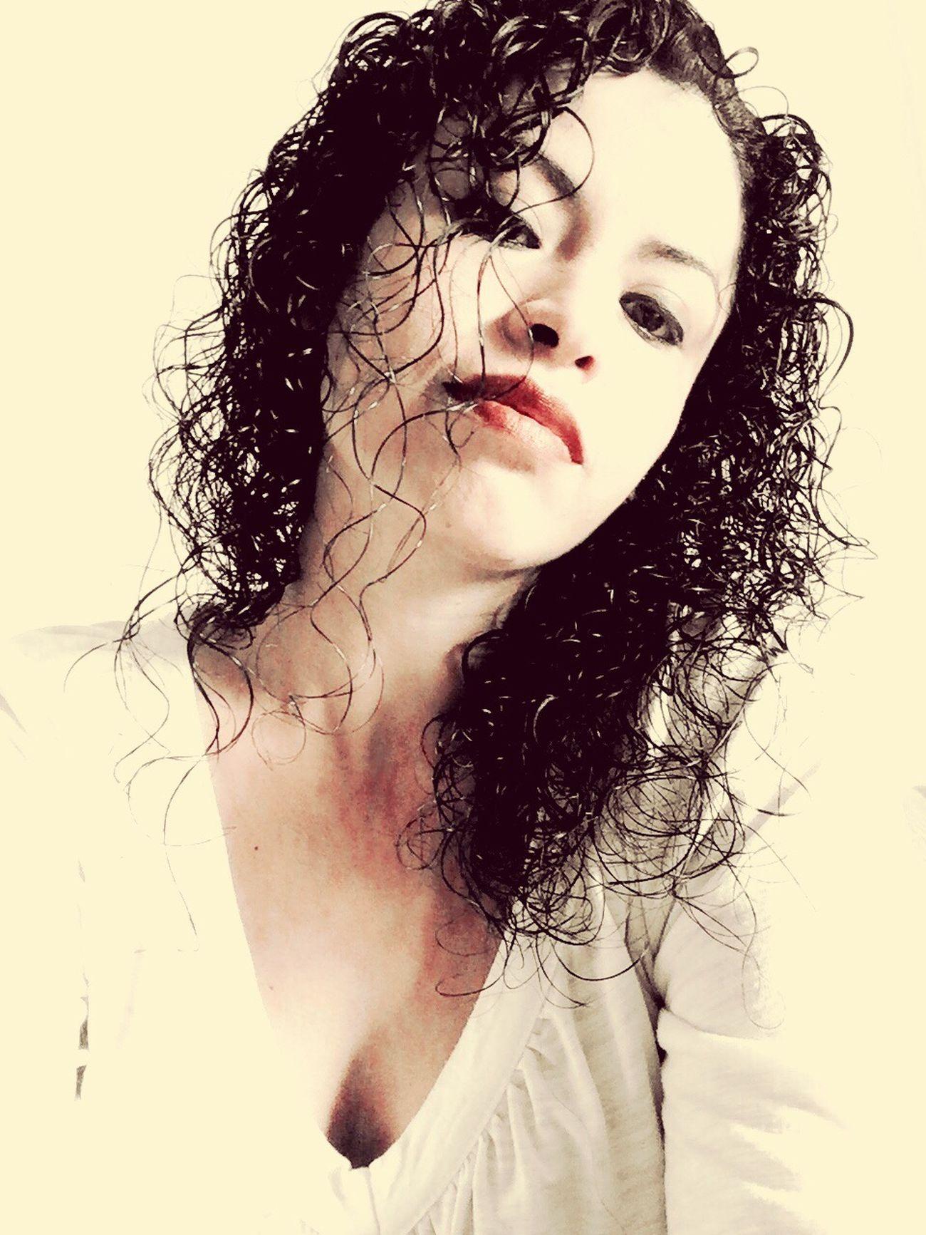 Selfie Pretty Pretty Girl Curls LoveMe Monterrey Love Woow Xoxo Kiss Me MeAmo. <3 Kiss ♥