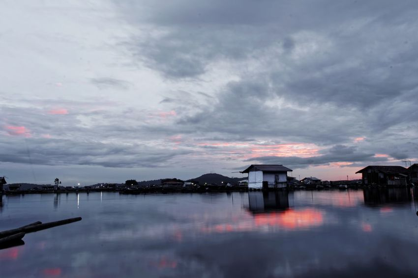 f.29 tell if sensor already broken and still I'm insist to took long shutter shot on f.29 and on a shaking boat, such a stubborn :))) Bandung Shooter Indonesian Shooter Architecture Beauty In Nature Building Exterior Built Structure City Cloud - Sky Day Lake Nature No People Outdoors Reflection Scenics Sky Sunset Tranquility Water