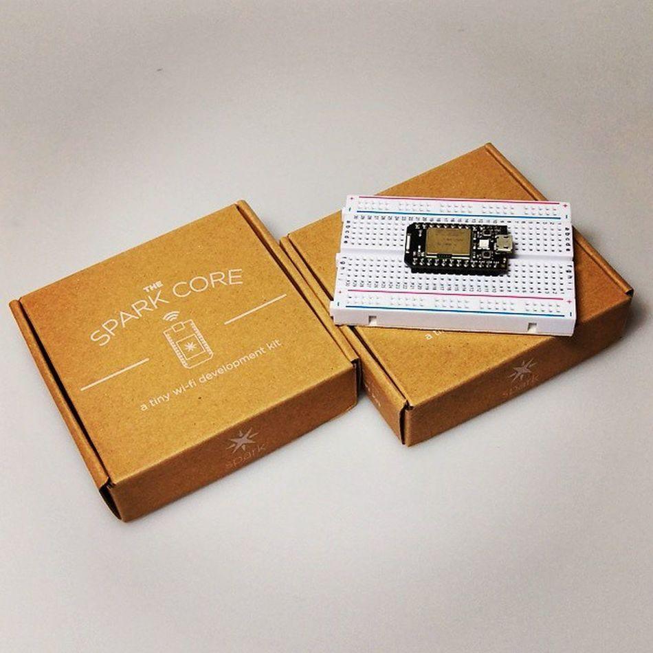 """Hello World""! @Spark_io Core in da house. Let's start prototyping. 😆 Iot Internetofthings Spark SparkIO SparkCore"