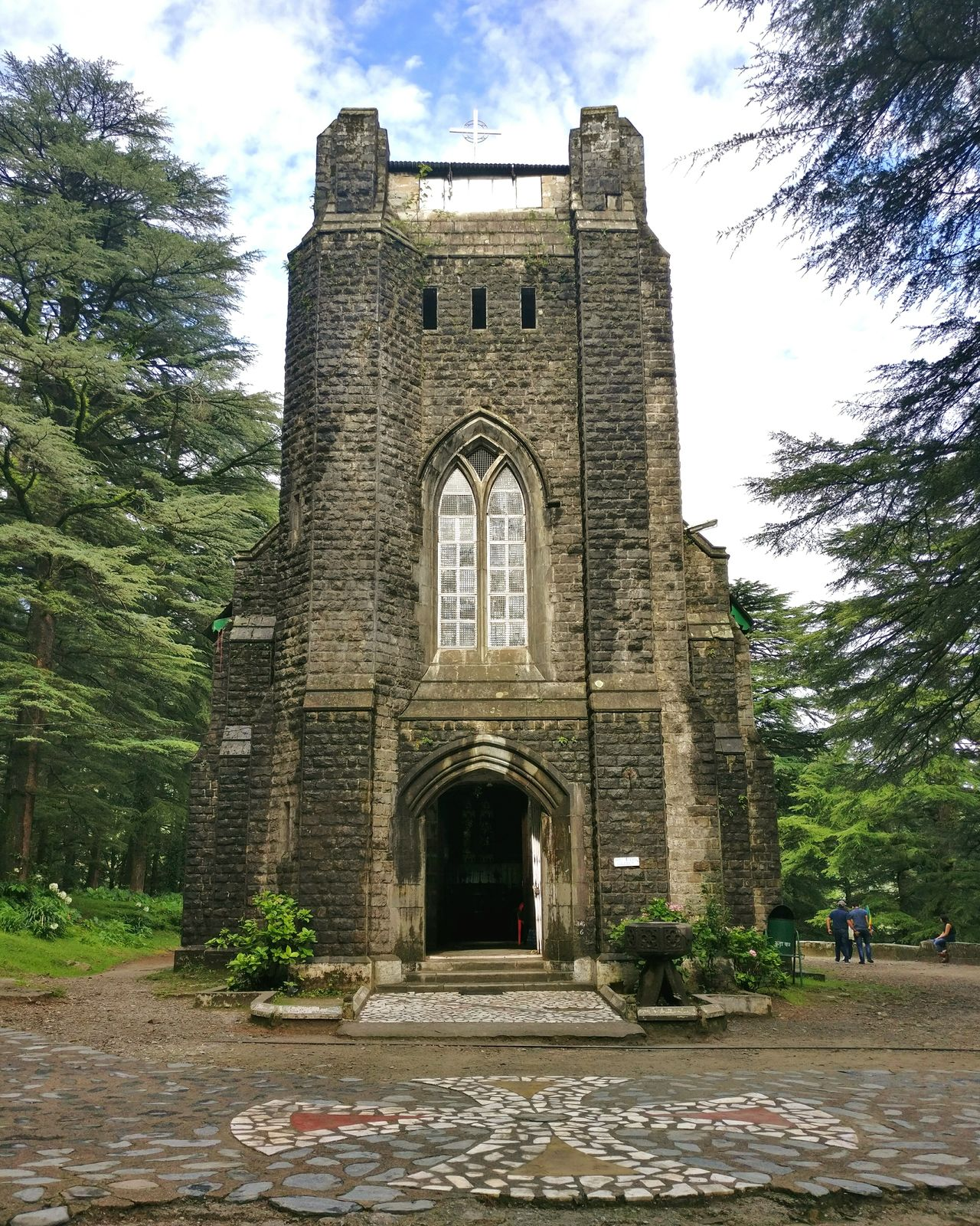 St John in the Wilderness is an Anglican church dedicated to John the Baptist built in 1852 and is located in Mcleod Ganj, India. The church is known for its Belgian stained-glass window. FirstUpload Church Onepluslife Oneplus3 PhotographyLove Symmetry Dharamshala Mcleodganj Worldthroughlens Belgian  Peace Beauty Stonestructure Deodar Forest Amen First Eyeem Photo
