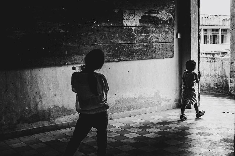 Cambodia Children Kids Blackandwhite Black And White Black & White Blackandwhite Photography Black And White Photography Black&white B&w Streetphotography Streetphoto_bw Streetphotography_bw