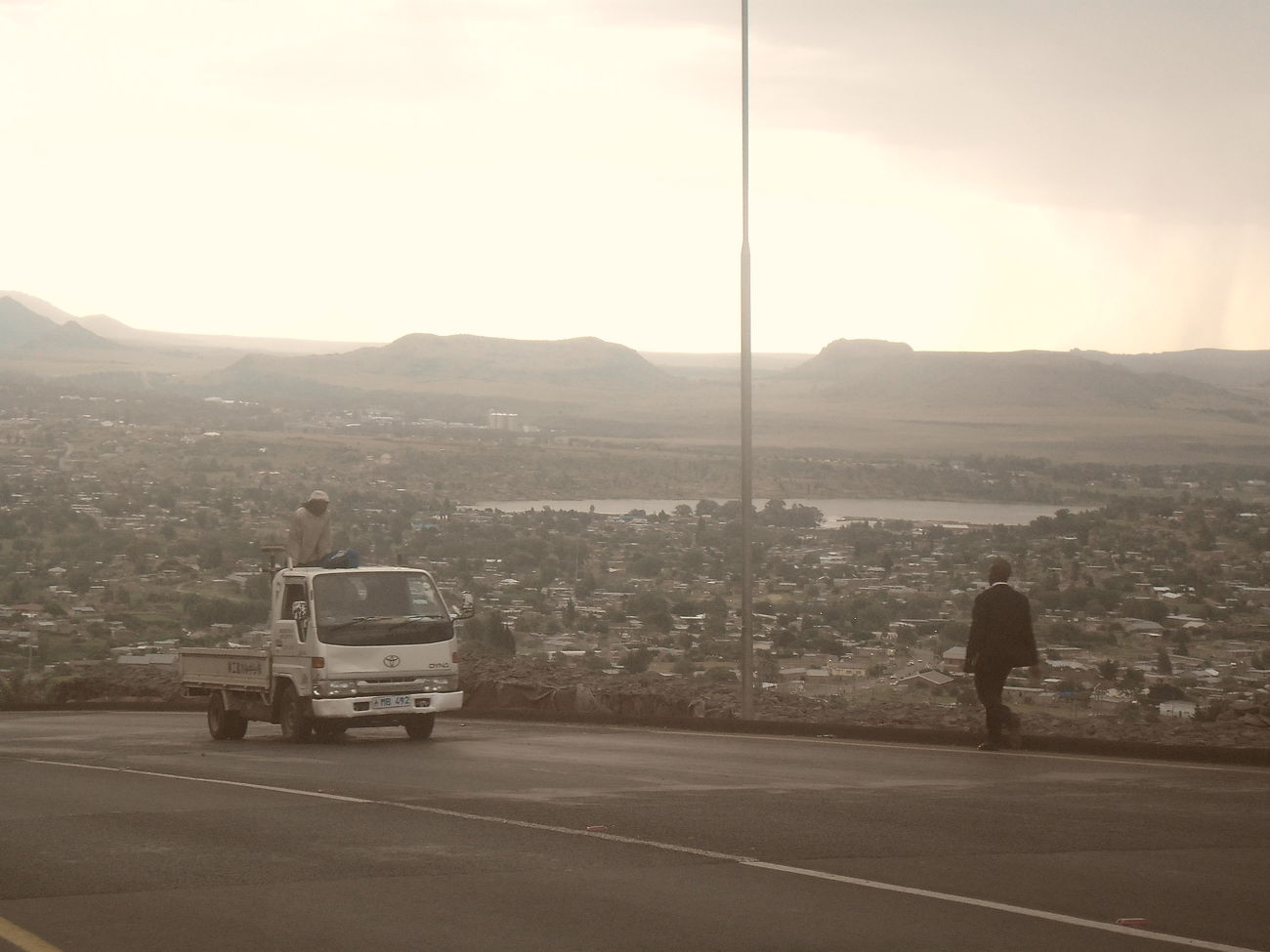 Drives up the city, new perspectives. . Maseru Horizontal