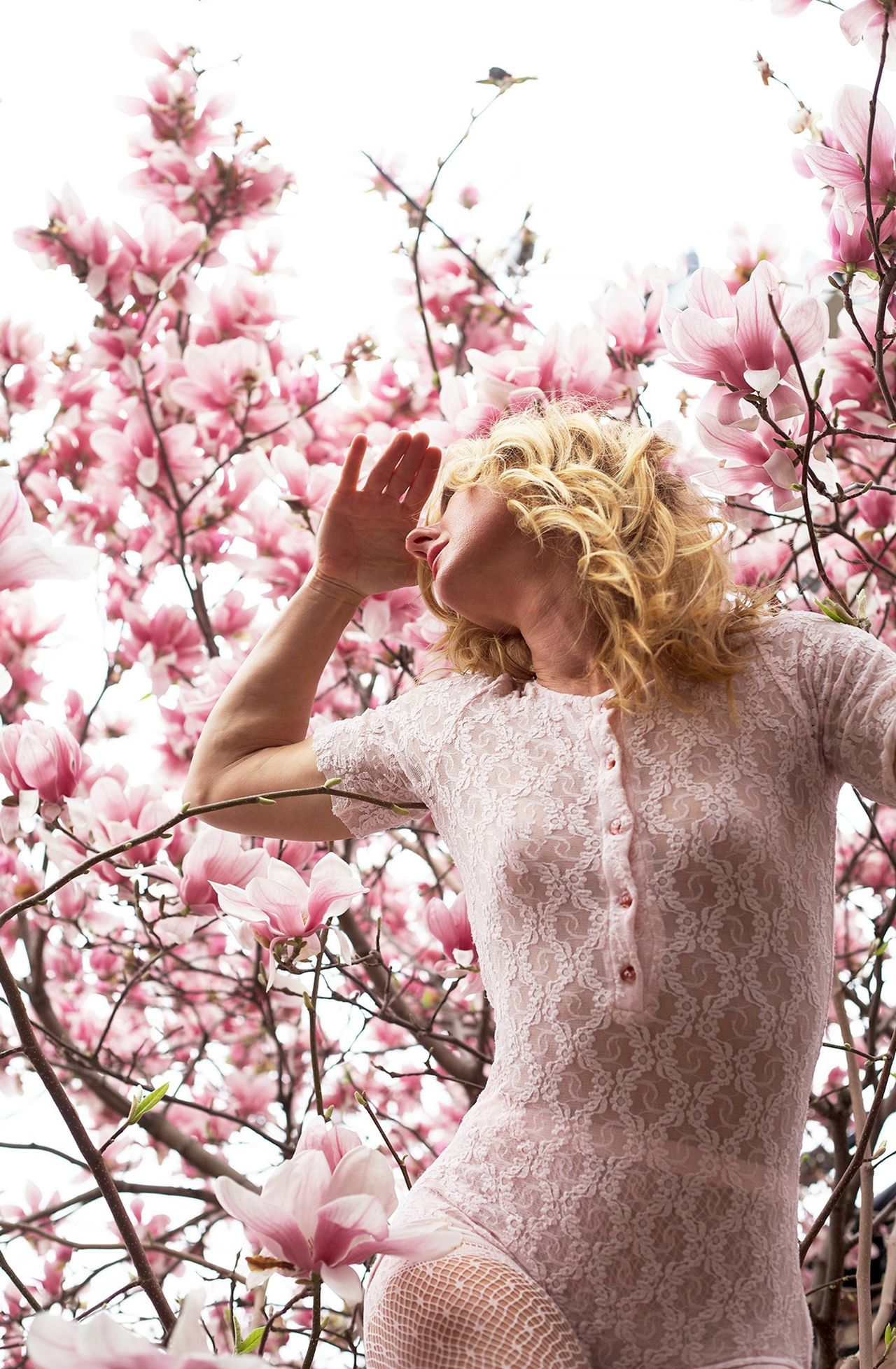 Beautiful stock photos of magnolia, 40-44 Years, Beauty In Nature, Blond Hair, Casual Clothing