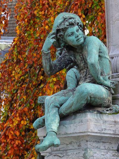 Sculpture Art Valenciennes Autumn
