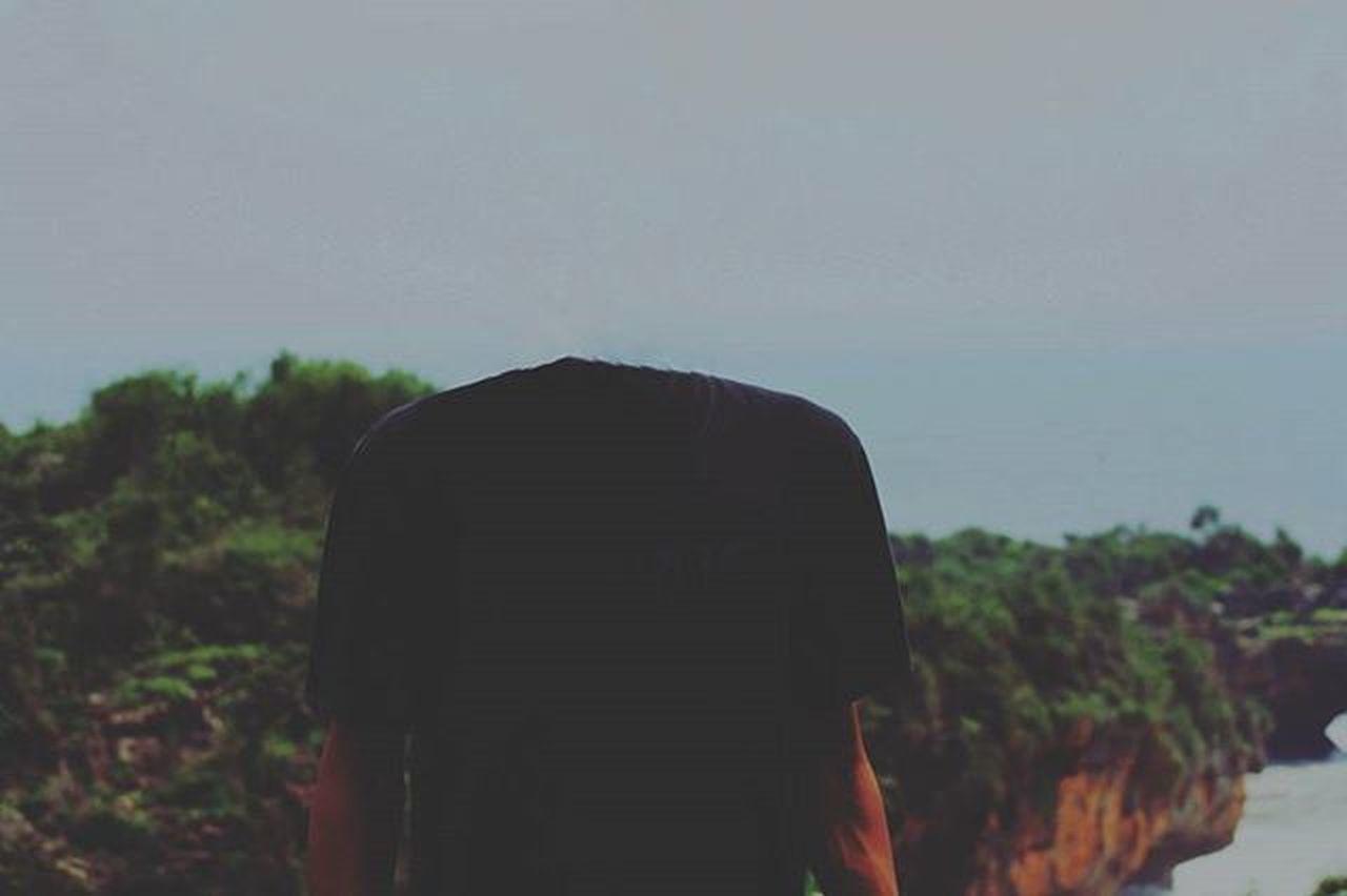 """""""Dan saya masih memiliki kepala untuk saat ini 😄"""". . . 📍 Pantai Ngrenehan, Gunung Kidul , Yogyakarta . . Hastag : Gunungkidul Yogyakarta Vscocam Ngrenehan"""