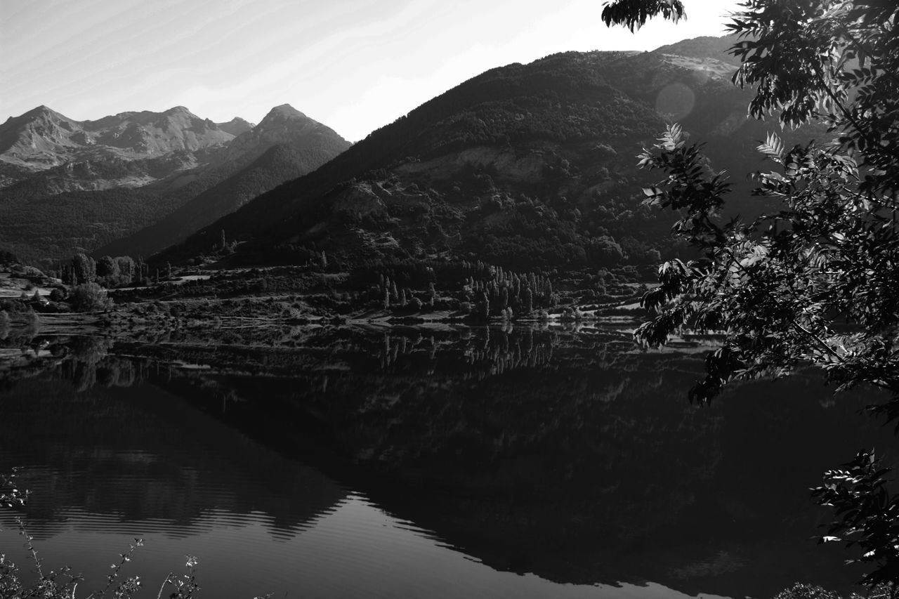 small town Beauty In Nature Black And White Idyllic Lake Landscape Light And Shadow Mountain Mountain Range Pirineo Aragonés Reflection Sallent De Gallego Scenics Small Town Tranquil Scene Tranquility Travel Destinations Water