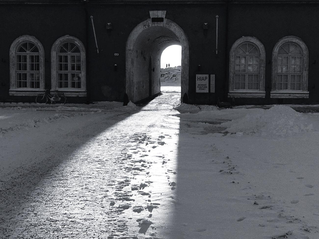 Two lovebirds far far away. The City Light Architecture Travel Destinations Mobilephotography Blancoynegro Youmobile Winter