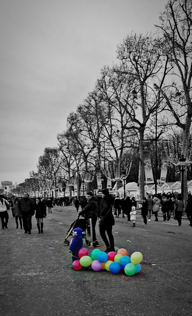 Paris Le Petit Garçon Aux Ballons Happy New Year! Telling Stories Differently