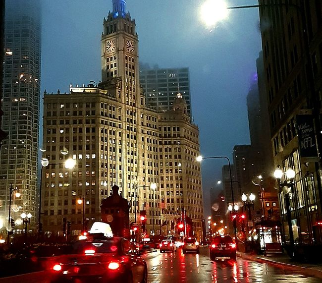 Photo By Me Nightphotography Chicago Foggy Rain Taken From The Car City Lights City Street Cars Lights And Shadows Eyemphotography Artitechture Old Buildings 2016 Historical Building Amazing My Own Photography Rain Rain Rain
