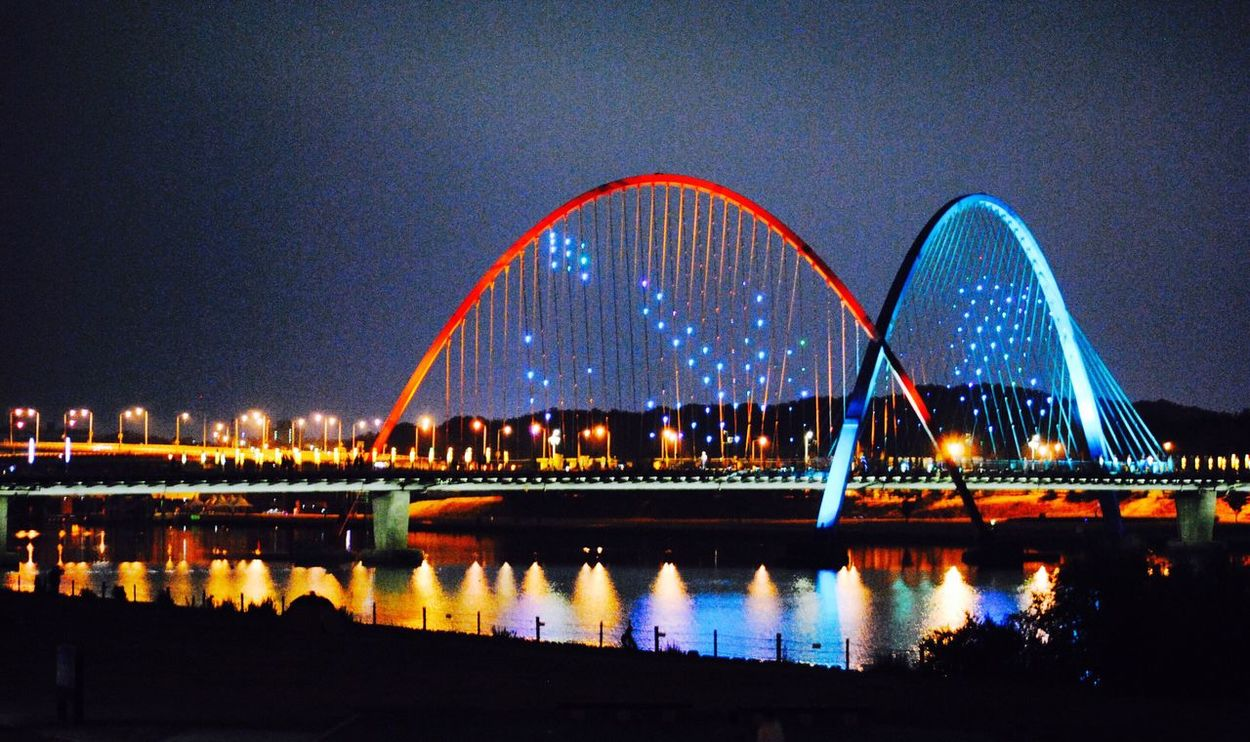 Check This Out Around The City  My Point Of View Hanging Out Hello World Expo Bridge Light And Shadow Bridge Night Ride Relaxing Reflection Water Reflections Landscapes Lake View