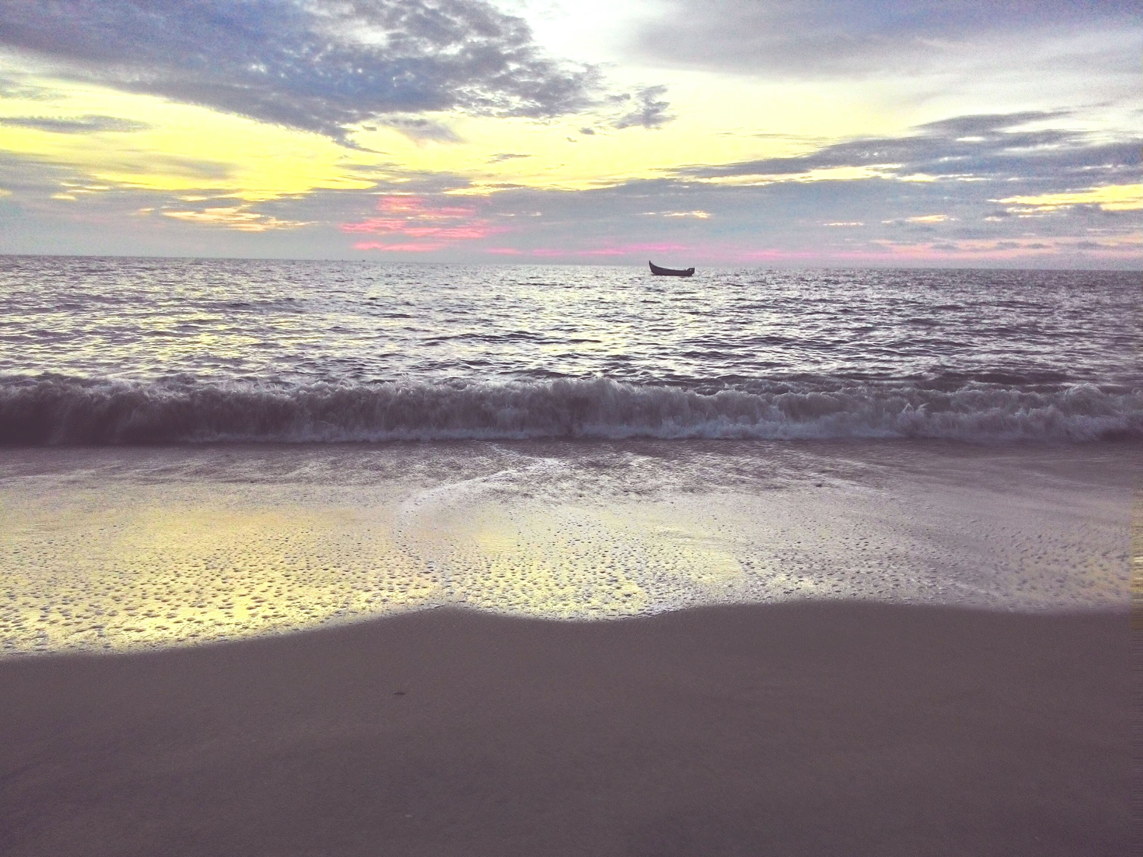 beach, sea, sand, horizon over water, water, sky, shore, sunset, scenics, tranquil scene, beauty in nature, tranquility, cloud - sky, nature, idyllic, wave, cloud, vacations, coastline, orange color