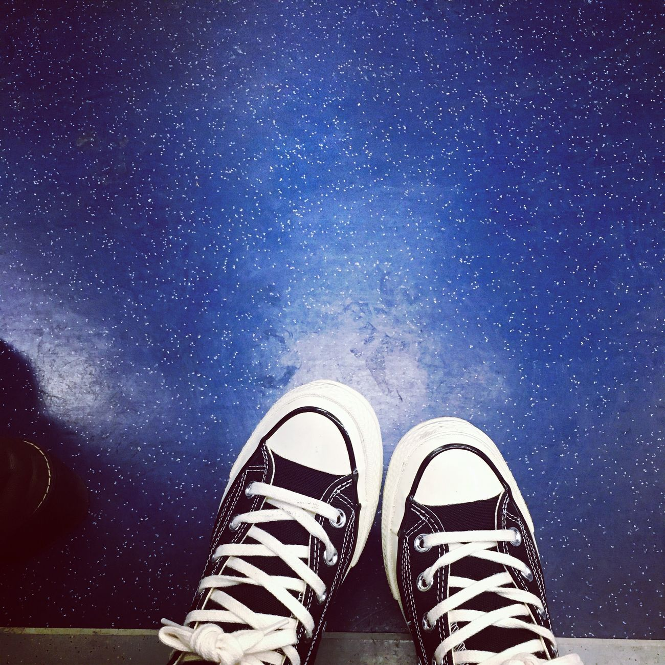 on the stars Workout Converse Subway
