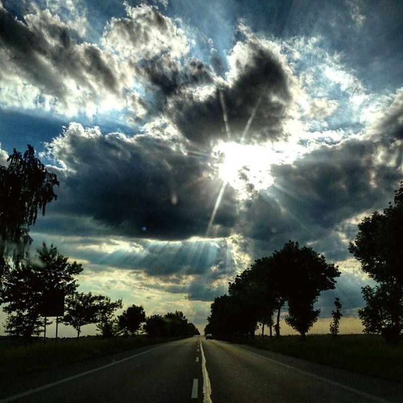 Sun Sunny Weather Clouds Road Straightroad Słonecznie Pogoda Chmury Droga Instaweather