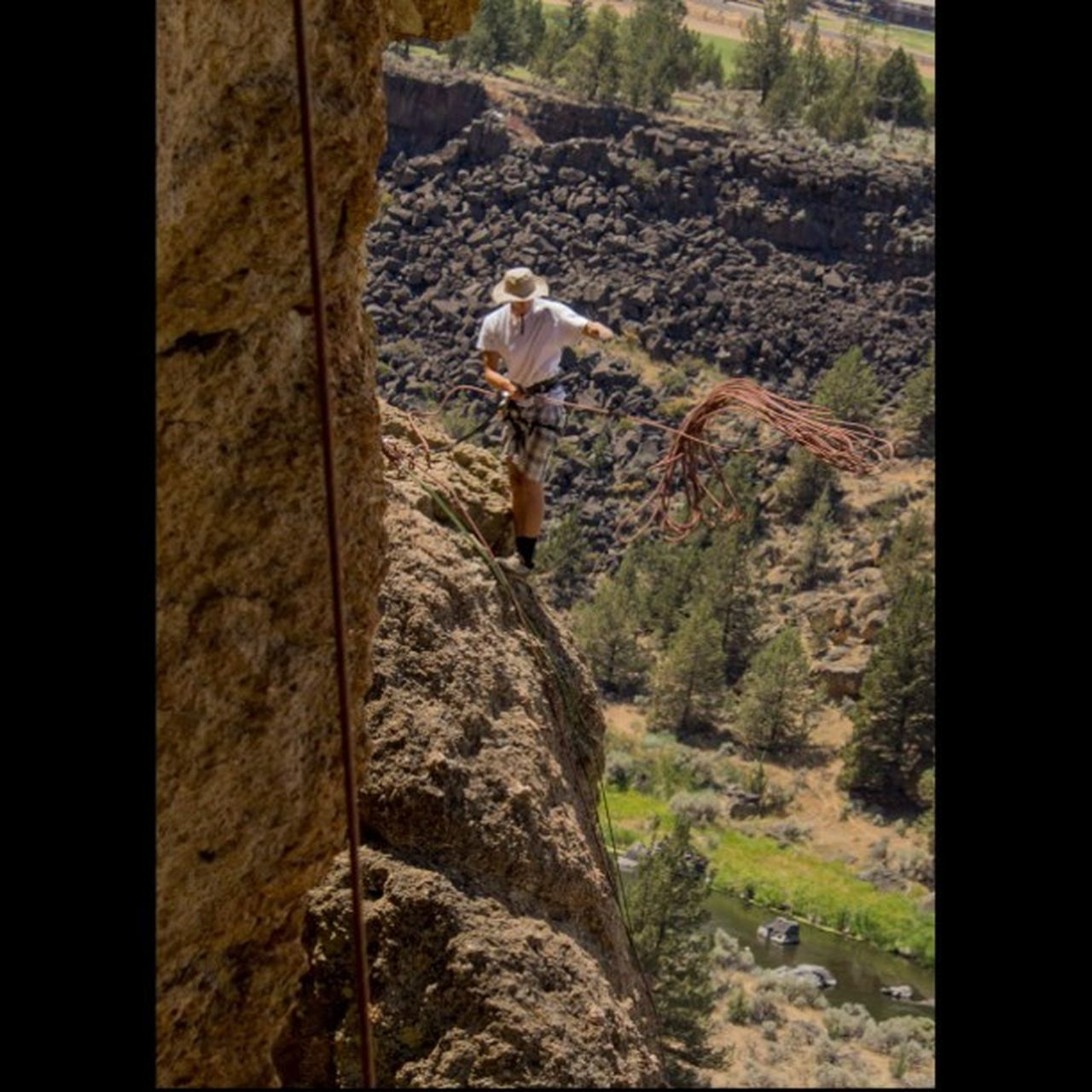 Canon_photos Natgeotravel Smithrock Your_daily_photo RockClimbing Climbing_pictures_of_instagram Rei1440project LiveYourAdventure Visitbend Bendoregon BestOfOregon Bestofnorthwest Bestmountainartists Cascadiaexplored Discoveroregon ExploreOregon Oregonexplored PNWonderland Pnwcollective Upperleftusa Epic_captures Myawaycontest