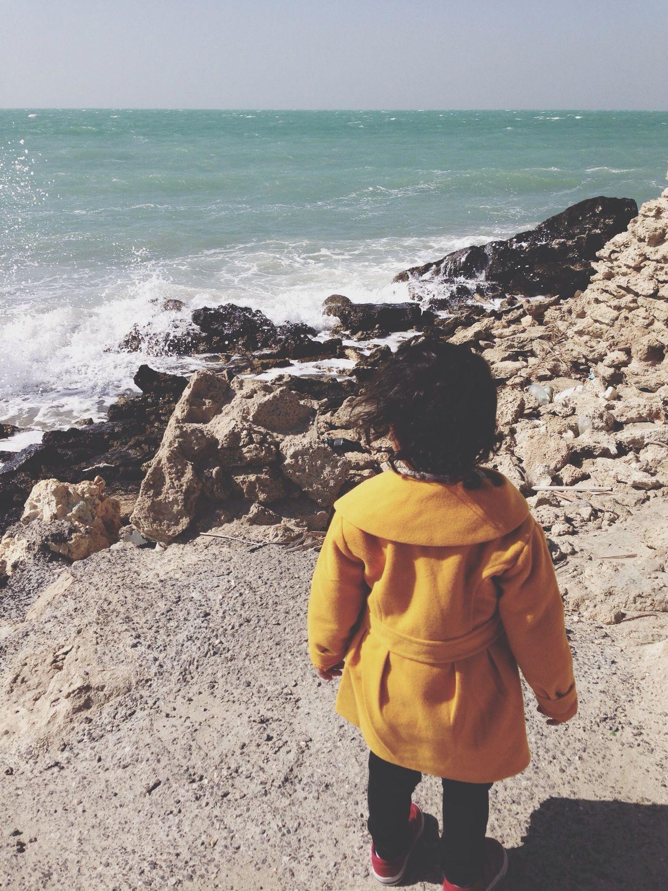 تبي تعرف متى ينتهي غلاكـ عندي؟! وقف على شط البحر وأنتظر حتى ينتهي موجه ?❤️