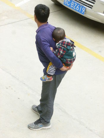 Carrying Fatherhood Moments Piggyback Boys Casual Clothing Childhood Day Elementary Age Father & Son Full Length High Angle View Holding Kid Kidsphotography Leisure Activity Outdoors People Real People Rear View Sleeping Standing