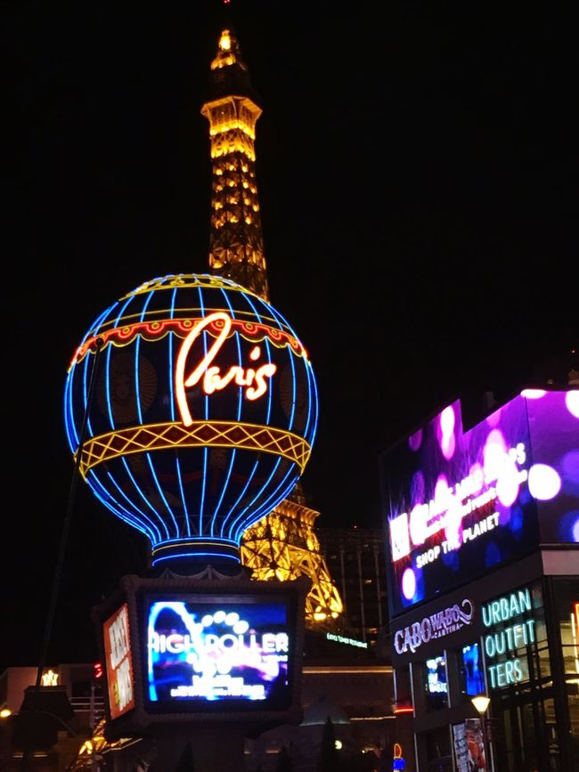 View of Paris resort with Eiffel Tower in vegas Taking Photos IPhone Photography VEGAS🎲 Smart Phone Imaging First Eyeem Photo