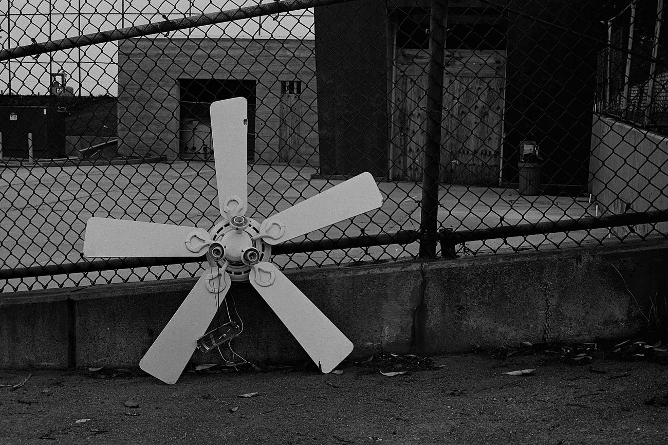 Street fan Day Outdoors Canonetql17 Film Ilford Xp2 400 Blackandwhite