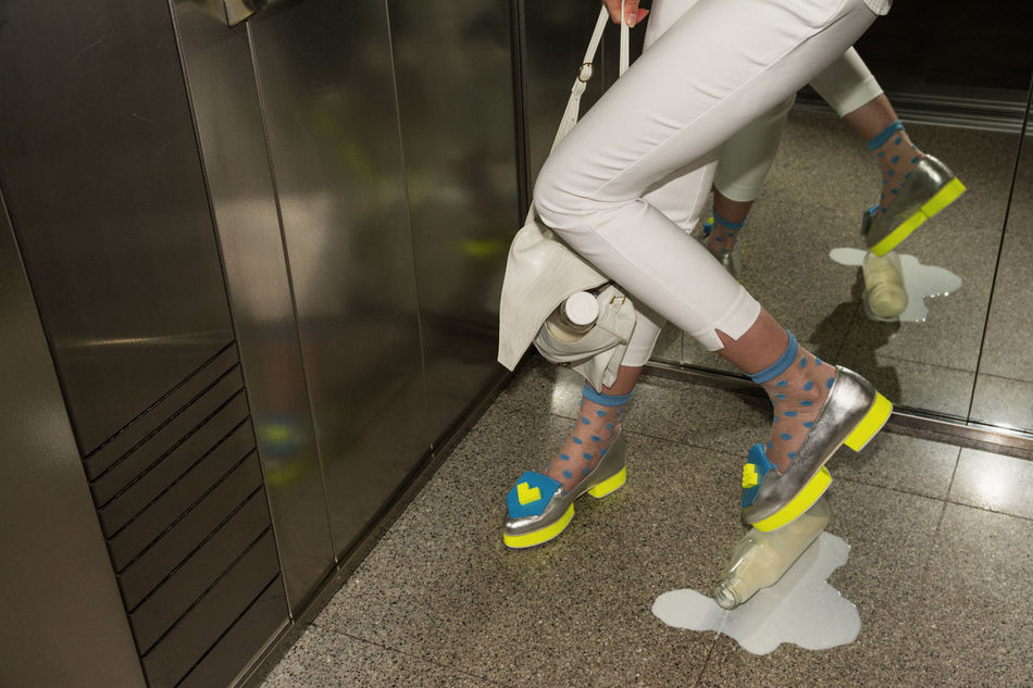 Please knock before entering. With love, your Love Elevator Elégance Fashion Legs Linas Was Here Monday Office Shoes Spilled Milk Urban White Woman Work
