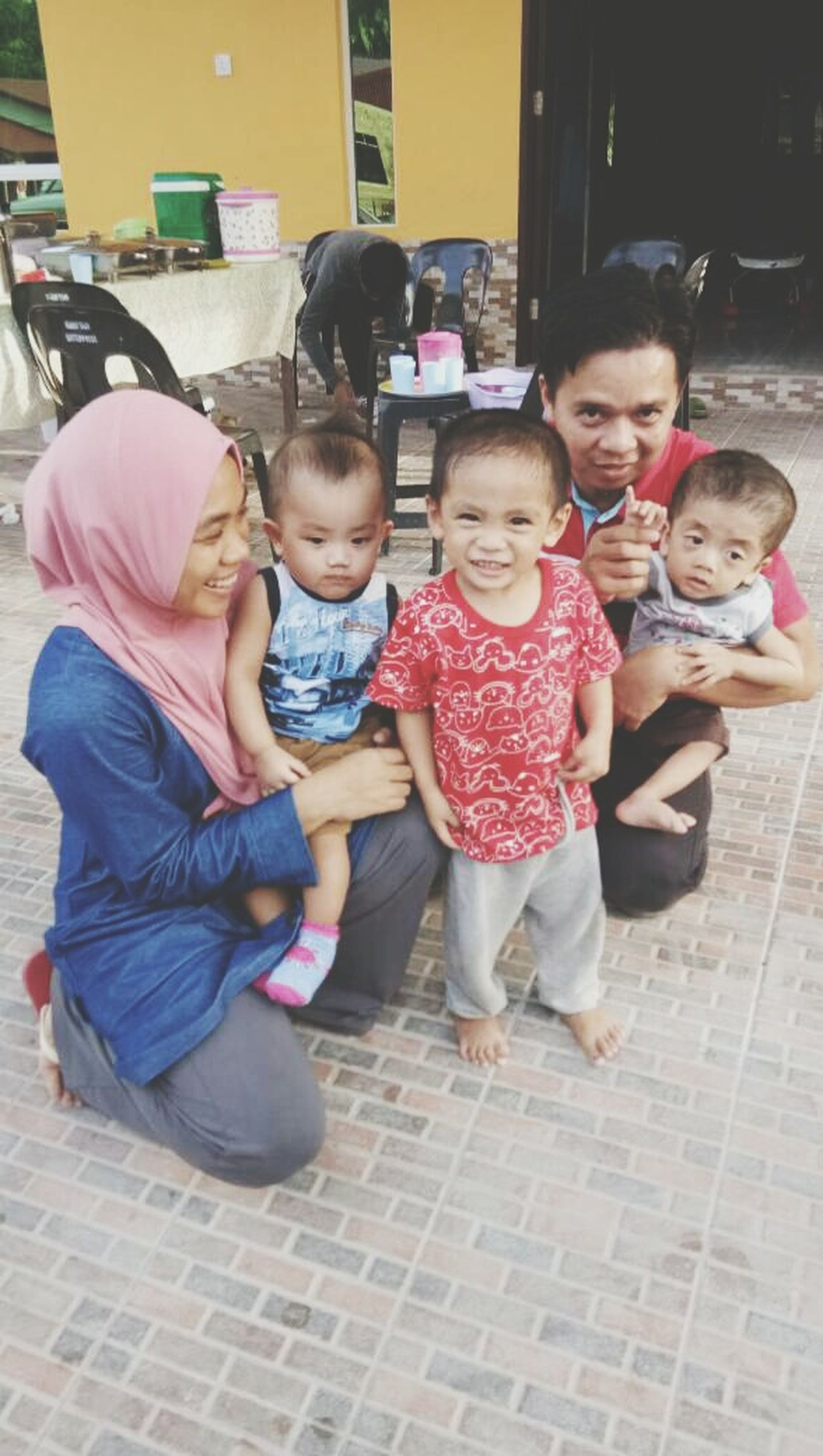 Small little family.. Gatheringslikethese Makesmesmile