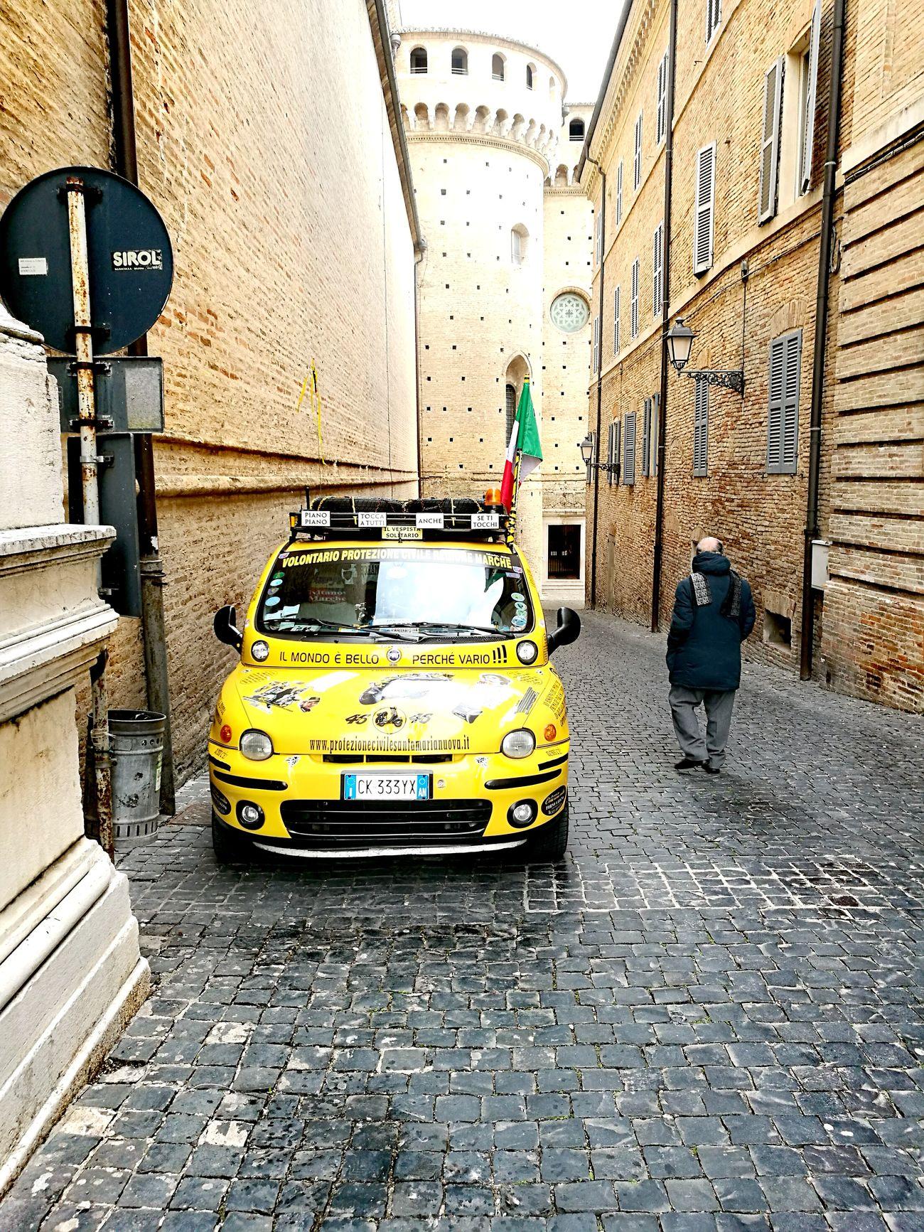 Il Mondo è Bello Perché è Vario Yellow Street Transportation Car Taxi Yellow Taxi Rally Rally Day Rallycross Loreto Cathedral Loreto Marche