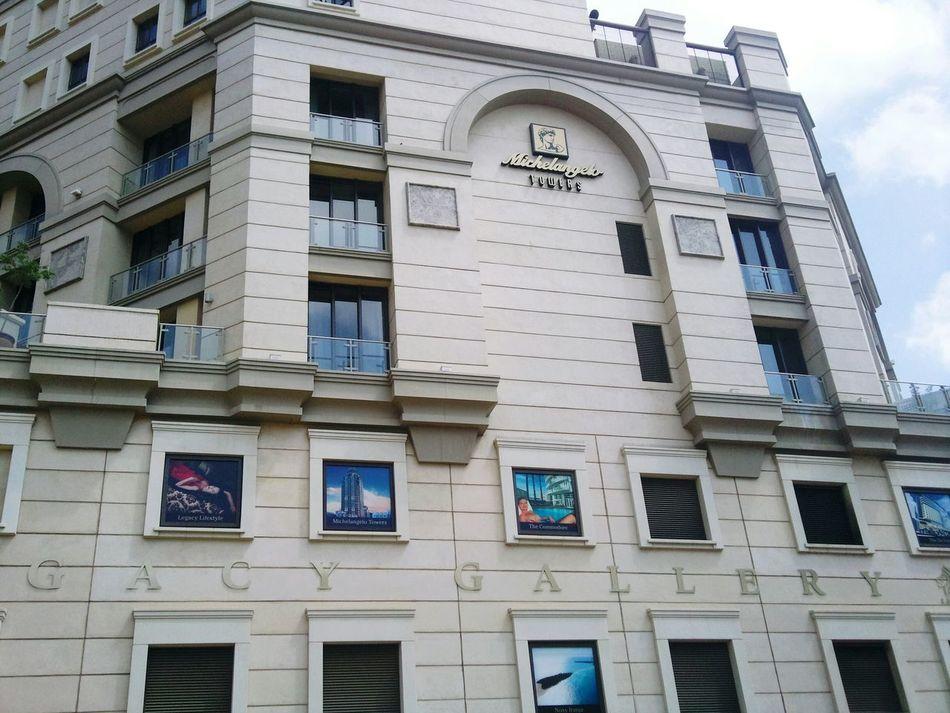 Enjoying Life Outandabout Sandton Luxuryhotel Southafrica Mandela Square Luxurylifestyle