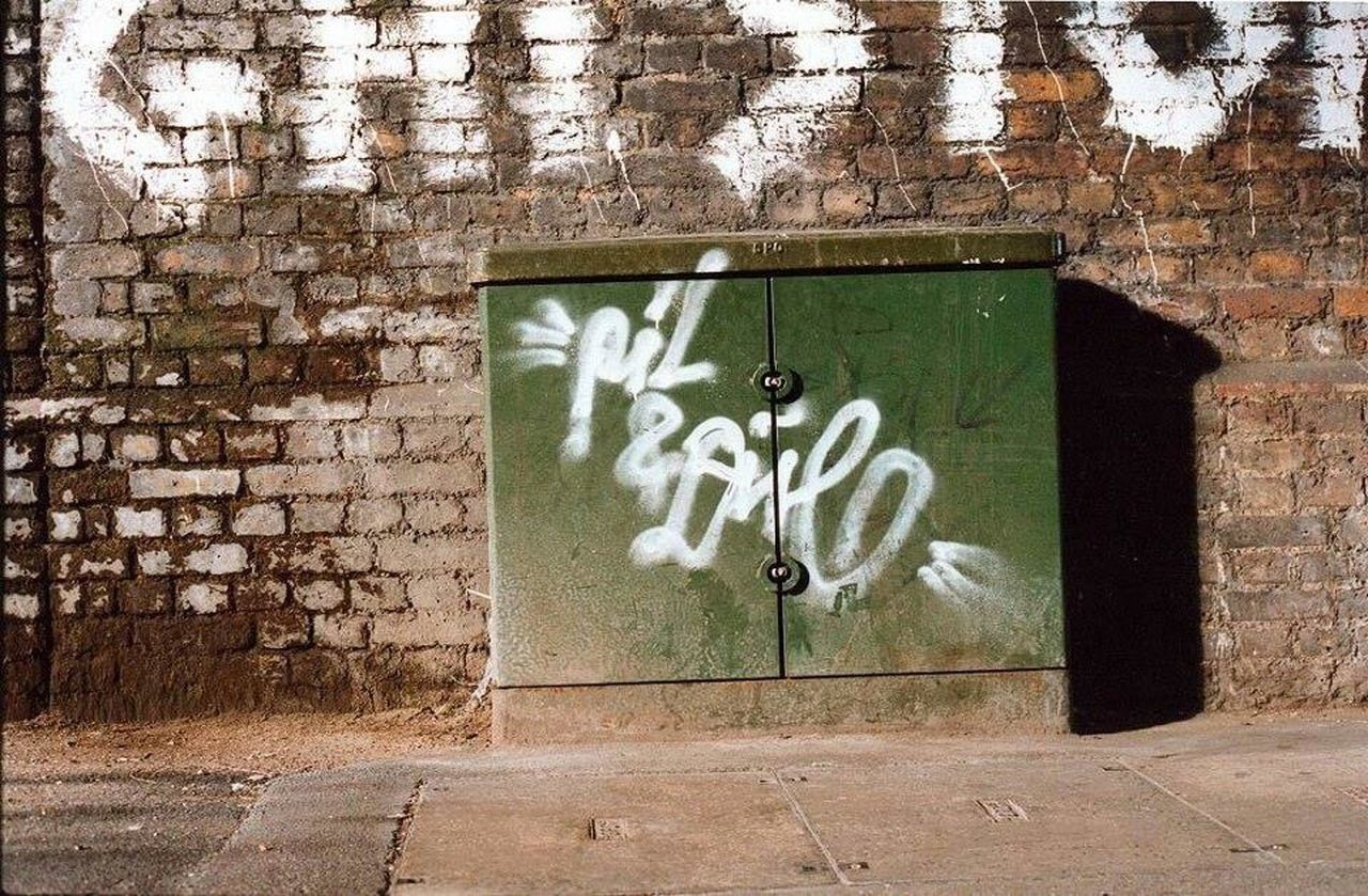 graffiti, architecture, brick wall, day, built structure, no people, outdoors, building exterior
