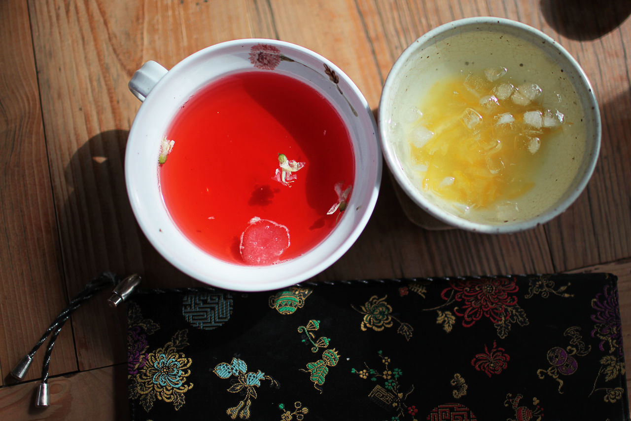 Omijacha Bowl Citron Food And Drink Freshness Fruit Fruit Punch Fruits Healthy Eating Her Korea Korean No People Omija Orange Color Ready-to-eat Red Sweet Sweet Food Table Tea Tea Leaves