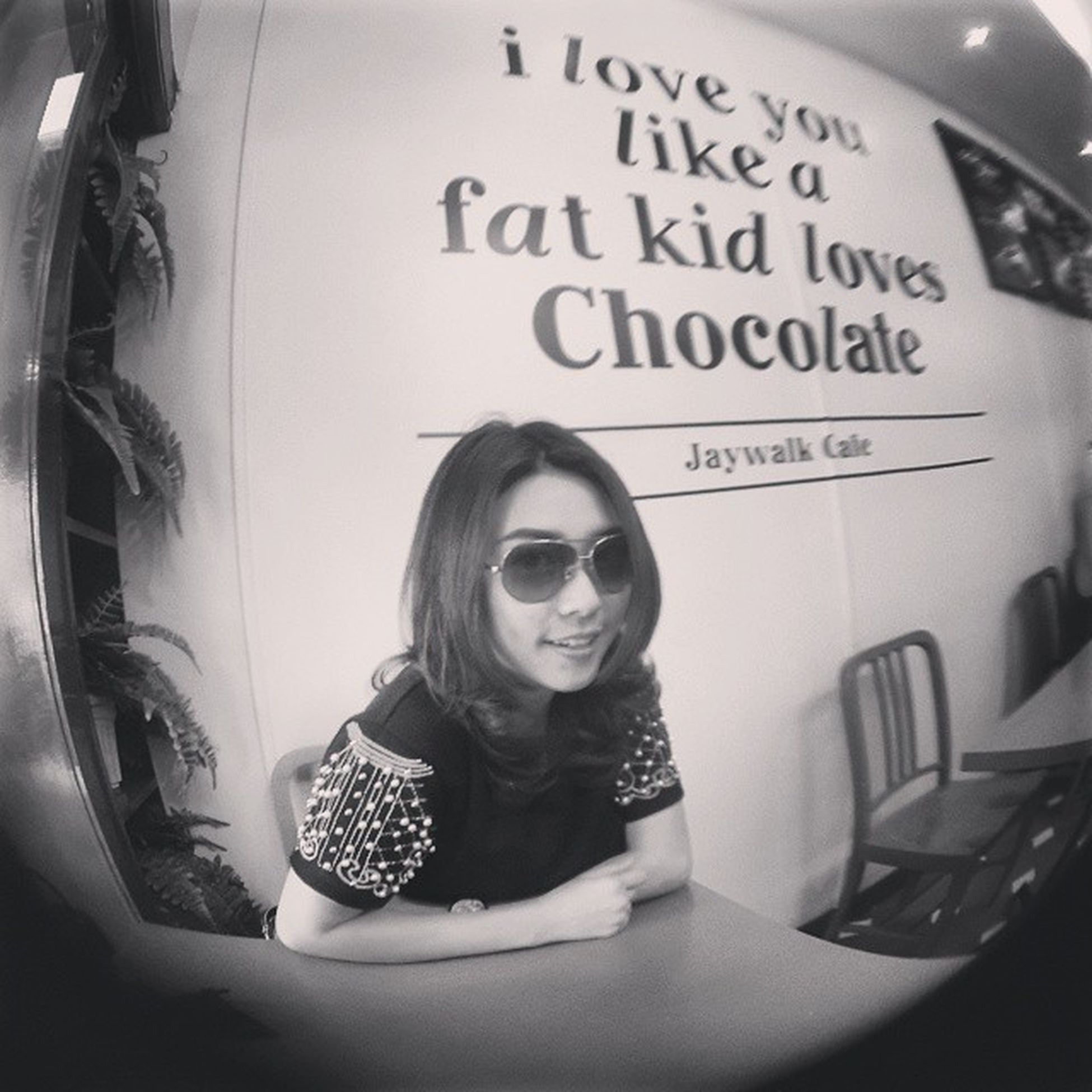 Love me like a fat kid loves Chocolate ? Jaywalk Cafe 我的蚂蚁