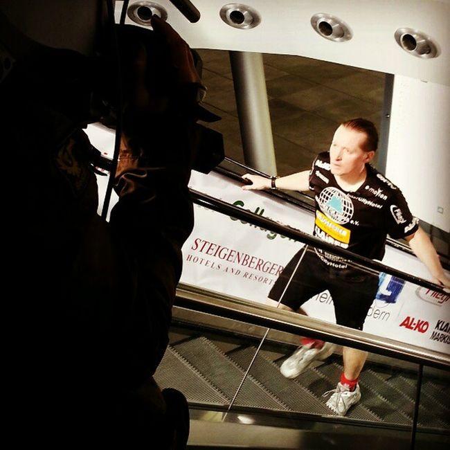 Weltrekordversuch: Joey Kelly beim 24h-Rolltreppenlauf #spendenmarathon #rtl #kellyfamily #koeln #cologne Kellyfamily Cologne Koeln Rtl Spendenmarathon