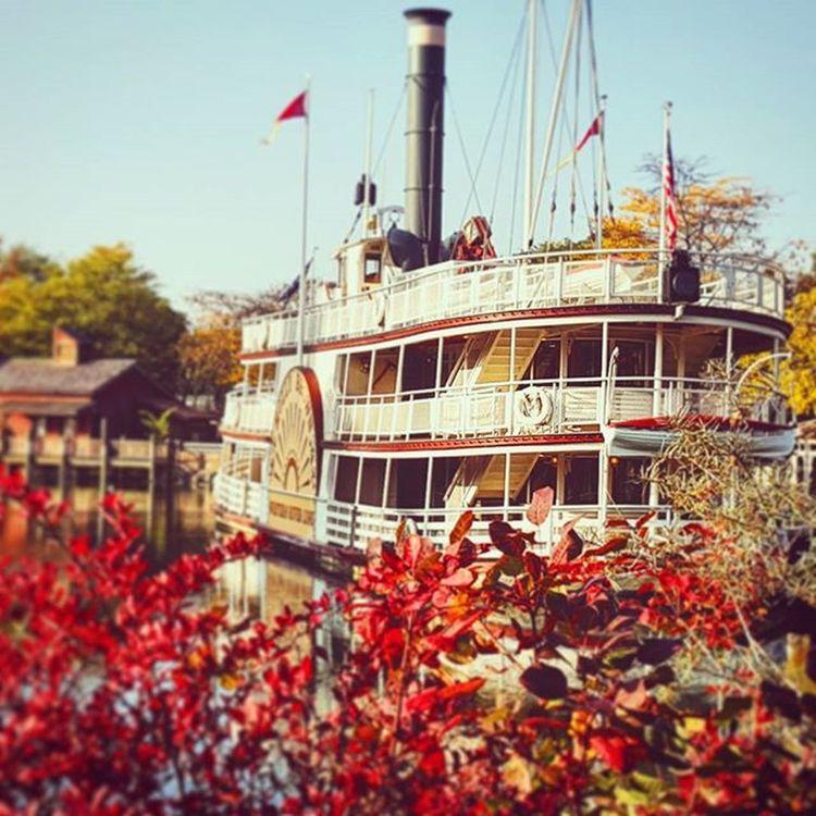 Mollybrown Disneylandparis Disneyland Disney riverboat