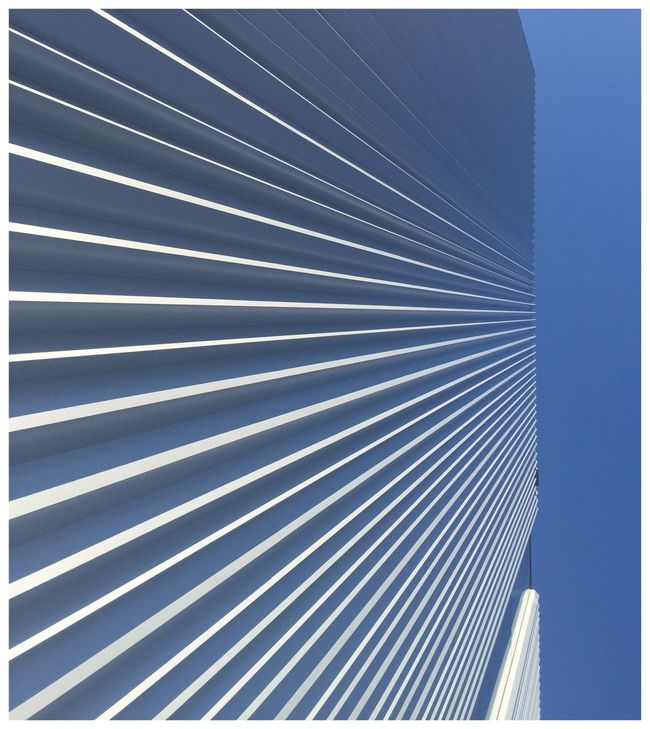 Eyeemphoto Cube Museum Architecture Minimalism Art No People Sky Blue Lines