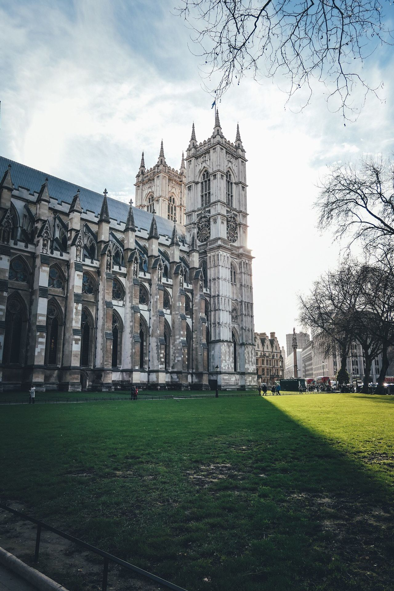 Westminster Abbey , London Westminster Abbey Grass Architecture Building Exterior Sky Built Structure Travel Destinations Outdoors Travel Green Color Tree Day London LONDON❤ Nature